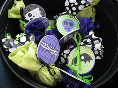 Simple Halloween Favors @ Yellow Mums