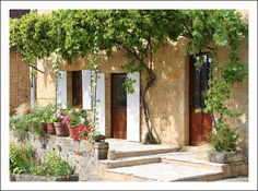 French home exterior by jolivillage via flickr - la voglio!!!!