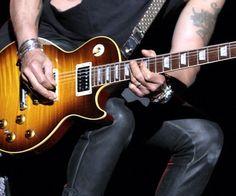 SALUTE È MUSICA - 18/10/2013, Trani in Piazza Quercia alle 20.20, concerto con le note rock (e non solo) dei dipendenti ASL BT.