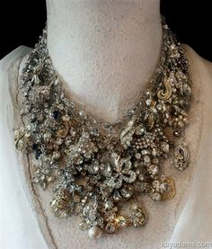 Love this idea for my mother's old jewelry  #VintageJewelry