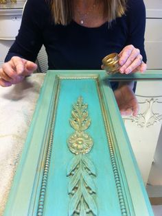 Maison Decor: Turquoise and Gold Inspiration! Annie Sloan turquoise with water Versailles painted over. Gold applied over detail