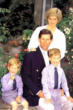 Family portrait-  Princess Charles, Princess Diana and sons William and Harry.