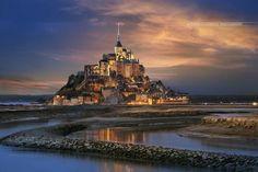 Le Mont Saint Michel, Normandie, France. Photo by Gaudencio Antonio pic.twitter.com/mPaNfN9SR0