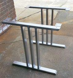 Design Table à manger jambes trois barres par MetalAndWoodDesign