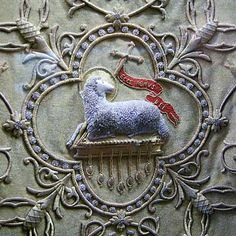 Europe - France, catholic christians, vestments of St. John Marie Vianney, agnus dei motif in goldwork Catholic Art, Religious Art, Gold Embroidery, Embroidery Patterns, Art Ancien, Altar Cloth, Christian Symbols, Gold Work, Textiles