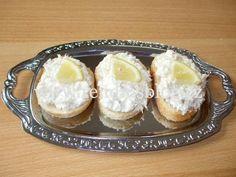 POHOŠTĚNÍ-obložené chlebíčky - Rendiny stránky Camembert Cheese, Dairy, Pudding, Desserts, Food, Tailgate Desserts, Deserts, Custard Pudding, Essen