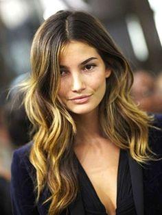 Cortes de pelo para cara cuadrada de mujer 2014: fotos de los looks - Pelo largo con ondas despeinadas