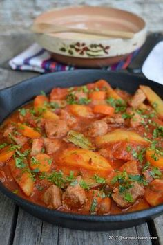 New Recipes, Cooking Recipes, Healthy Recipes, Romanian Food, Healthy Meal Prep, Food Art, Food Inspiration, Pasta Salad, Thai Red Curry