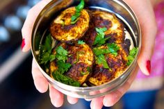 Aubergine Tandoori - site is in French, but self explanatory with nice pics, nice!