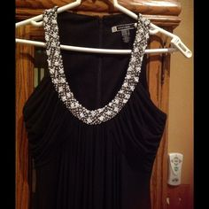JS BOUTIQUE COLLECTION BEADED GOWN Excellent condition. Size 4. OBO Js collection Dresses