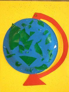 Space Activities For Kids, Space Preschool, Preschool Crafts, Around The World Crafts For Kids, Art For Kids, Classroom Art Projects, Projects For Kids, Ivan Cruz, Earth Craft