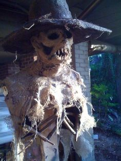 Halloween Discussion Forum, Haunts and Home Haunt Community. Halloween Scarecrow, Outdoor Halloween, Halloween Projects, Halloween 2017, Halloween Town, Spirit Halloween, Holidays Halloween, Scary Halloween, Happy Halloween
