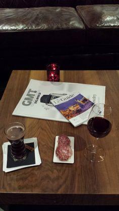 Vin chaud et verre de vin au M de Megeve #Megeve #Vin #VinChaud #Hotel #Luxe #Drink #Winter #France #Aperitif