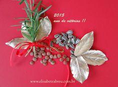 Elementos para a sorte em 2015: folhas de louro douradas, lentilha e sementes de girassol. Faça o seu arranjo para atrair a prosperidade de acordo com o Feng Shui. Cursos :www.elisabeteabreu.com.br