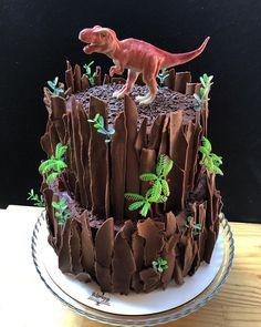 Dinosaur Birthday Cakes, 3rd Birthday Cakes, Dinosaur Cakes For Boys, Dinosaur Party, T Rex Cake, Dino Cake, Bolo T Rex, Rodjendanske Torte, Party Cakes