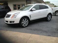 Pearl White Cadillac SRX