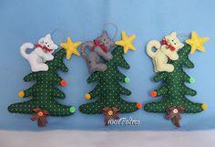 Árvore de Natal com gatinho
