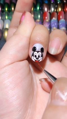 Cartoon Mickey Mouse Manicure Video Tutorial, Cool Nail Art Designs For A Fun Trendy Manicure 2019 - Nails - Simple Nail Art Videos, Nail Art Designs Videos, Nail Design Video, Simple Nail Art Designs, Diy Nail Designs Step By Step, Nail Art Hacks, Nail Art Diy, Cool Nail Art, How To Nail Art