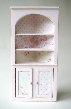 Shabby corner cabinet #miniature  Lovejoy Bears
