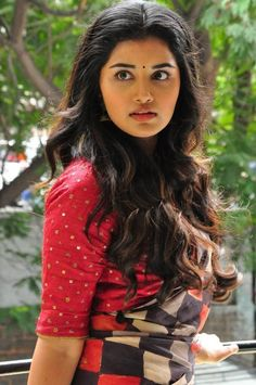 Indian beautiful teenage girls sexy navel images and thunder thighs sexy legs images and sexy boobs picture and sexy cleavage images and sp. Tamil Actress Photos, Indian Film Actress, South Indian Actress, Indian Actresses, Beautiful Girl Indian, Most Beautiful Indian Actress, Beautiful Actresses, Beauty Full Girl, Beauty Women