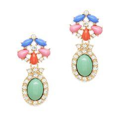 Versatile earrings ready to wear!