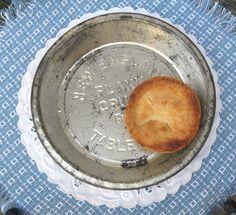 Vintage Table Talk Pie Tin. $7.00, via Etsy.