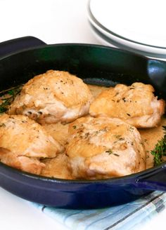This one pan Easy Keto Dijon Chicken Thighs recipe is the perfect low carb dinner for busy weeknights, especially for back to school! Low Carb, Atkins, Keto