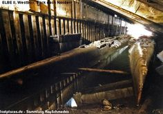 Three U Boats missing until 1985 when found in the Elbe U-boat bunker in Hamburg Bunker, Urbana Ohio, German Submarines, Underground Homes, Air Raid, Ww2 Tanks, Floating In Water, Historical Images, Tall Ships