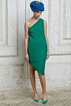 Vika Gazinskaya Spring 2015 Ready-to-Wear - Collection - Gallery - Style.com  http://www.style.com/slideshows/fashion-shows/spring-2015-ready-to-wear/vika-gazinskaya/collection/26
