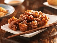 Lacking the Chinese takeout that so many folks take for granted out on the ranch, I learned to make this favorite takeout dish at home. Chinese Sesame Chicken, Easy Sesame Chicken, Asian Recipes, Ethnic Recipes, Crusted Chicken, Daily Meals, The Ranch, Chicken Recipes, Favorite Recipes