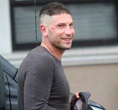 """Résultat de recherche d'images pour """"jon bernthal punisher haircut"""""""