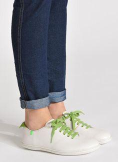 El Naturalista El Viajero N275 W Cuero (Marrón) - Zapatos con cordones chez Sarenza (218205) Sneakers, Shoes, Fashion, Brown Leather, Lanyards, Trainers, Moda, Shoes Outlet, Fashion Styles