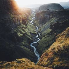 Explore all awesome things including beautiful landscapes, satisfying GIFs, wonderful nature videos that never cease to amaze you! Landscape Photography, Nature Photography, Travel Photography, Beautiful World, Beautiful Places, Wonderful Places, Valley View, Belleza Natural, Adventure Is Out There