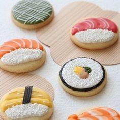 <可愛い寿司のアイシングクッキー>・日本を代表する食べ物のお寿司をアイシングクッキーでデザインしました。 マグロ・サーモン・たまご・えび・巻き寿司・和柄 外国へのお土産や見た目と味のギャップのびっくりギフトにお使いください。・お祝い事などおめでたい時にお使いいただけます。・ラッピングした状態でお届け致します。<サイズ・内容量>・お寿司 楕円 5㎝×6㎝(4枚)・和柄・巻き寿司 直径 5㎝ (2枚) ※6枚セットになります。 <賞味期限> 製造から40日としております。・クッキーの生地は甘さ控えめのオリジナルレシピで作っております。 デコレーションしてあるアイシングの甘さと程よく合わさってとても食べやすい クッキーにしてあります。 ※アイシングとは粉糖と乾燥卵白をお水で練り合わせて、着色(日本で認可され ている着色料使用)したものです。 Cookie Decorating, Sugar Cookies, Icing, Sweet Treats, Good Food, Fruit, Desserts, Frosted Cookies, Tailgate Desserts
