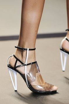 ⚜️⚜️⚜️              Dolce & Gabbana, Fendi, and Prada — See the Best Shoes From Milan Fashion Week