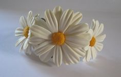 White daisies bracelet Polymer clay jewelry by KvinTal on Etsy, $29.50