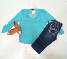 Miss me jeans & Mint? Our Favorite!! Throw it with some cute flats and you have yourself a perfect fall outfit!