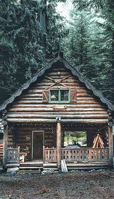 love the scalloping on the roofline Log Cabin Homes, Log Cabins, Cabin Plans, House Plans, Getaway Cabins, Little Cabin, Cabin Interiors, Cabins And Cottages, Cozy Cabin