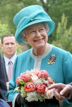 Sri Lankan Flower Spray Brooch.   Queen Elizabeth, 2007