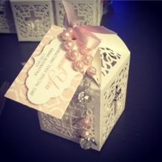 The idea for gift box set up