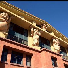 Walt Disney Animation Studio. Team Disney Burbank building