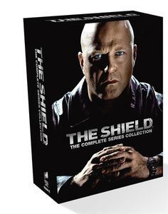 The Shield Complete Box disc) - Elokuvat Box, Fictional Characters, Snare Drum, Fantasy Characters