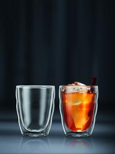 Met de dubbelwandige glazen van Bodum kun je genieten van je warme en koude drankjes. 2 Set, Shot Glass, Tableware, Products, Dinnerware, Tablewares, Dishes, Place Settings, Gadget