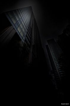 Building in the Dark by uemii2010