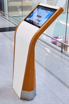 2018 DSE APEX Awards Silver Transportation // GTAA Passenger Information Zone Digital Display Built by Eventscape Designed by Stantec Kiosk Travel Airport Designone Pos Design, Signage Design, Stand Design, Display Design, Booth Design, Graphic Design, Info Kiosk, Information Kiosk, Digital Kiosk