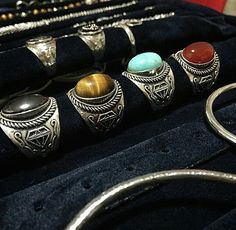 Silver 925 Indian Ring is the best choice. Get it on www.melfactory.it