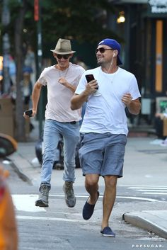 Can you imagine Leo running to catch a cab ?
