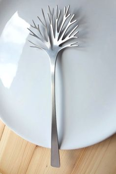 may be the most beautiful salad server I've ever seen....
