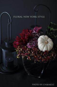 halloween decorations ideasスタイルのある暮らし It's FLORAL NEW YORK Style ~暮らしをセンスアップするフラワースタイリングで毎日を心豊かに、心地よく~