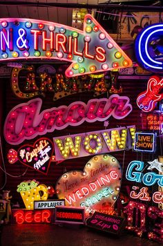 This is neon heaven! So many different neon signs in so many colors! Images Vintage, Vintage Signs, Photo Wall Collage, Picture Wall, Kitsch, All Of The Lights, Neon Aesthetic, Poster S, Neon Lighting